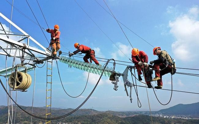 Trung Quốc thiếu điện trầm trọng, thế giới cũng gặp khó