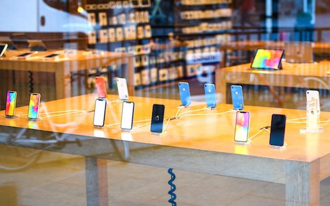 """""""Miếng bánh"""" doanh thu smartphone toàn cầu được chia như thế nào?"""