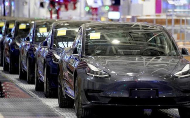 Mỹ tụt hậu trước Châu Âu và Trung Quốc trong cuộc đua sản xuất xe điện