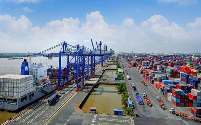 """Thoát """"thảm cảnh"""", khối lượng hàng hóa vận tải biển quốc tế tăng 54%"""