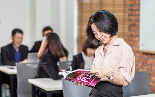 Từ bỏ công việc gắn bó 4 năm, lương tốt, thăng tiến thuận lợi để đi nước ngoài học MBA: Có phải tôi đang lãng phí tiền bạc và thời gian?