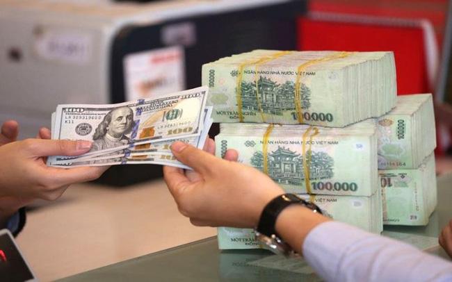 Tiền VND đang tăng giá so với USD