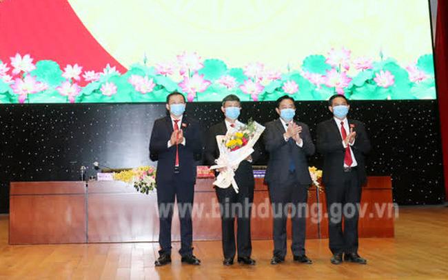 Ông Võ Văn Minh làm Chủ tịch UBND tỉnh Bình Dương
