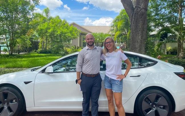 Tôi mua chiếc Tesla đầu tiên và đây là những gì đã diễn ra