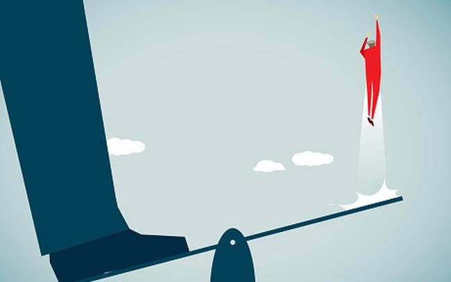 Hàng loạt cổ phiếu tím lịm, VnIndex tăng 34 điểm, VN30-Index tăng vọt 51 điểm