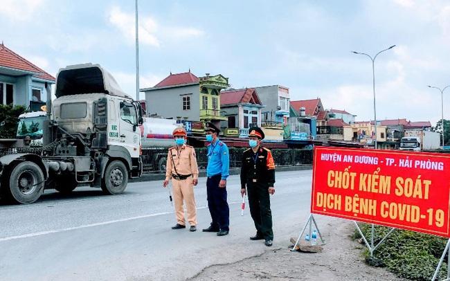 Chỉ những người âm tính với SARS-CoV-2 mới được vào Hải Phòng, Quảng Ninh