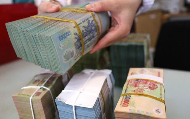 Một lượng tiền lớn hơn 100.000 tỷ đồng được bơm ra thị trường