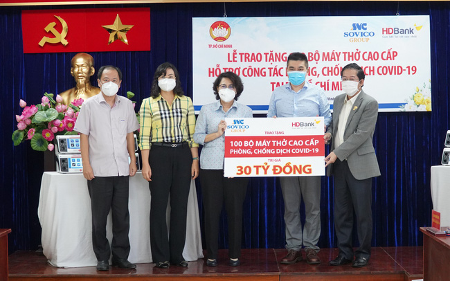 Tập đoàn Sovico, HDBank tặng 100 máy thở cao cấp, hiện đại cho TP. Hồ Chí Minh