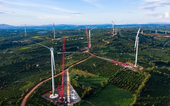Đóng điện đường dây 500kV cho dự án điện gió lớn nhất Việt Nam, tổng vốn đầu tư 16.500 tỷ đồng