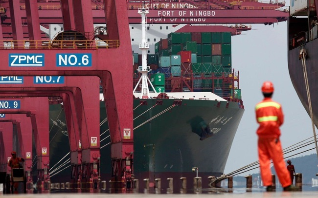 """Covid ập đến vào lúc không thể tệ hơn, kinh tế Trung Quốc đứng trước """"trận chiến"""" buộc phải thắng"""