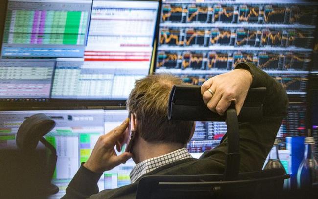 """Phiên 20/8: Khối ngoại tiếp tục bán ròng hơn 674 tỷ đồng trong ngày VN-Index """"bốc hơi"""" hơn 45 điểm"""