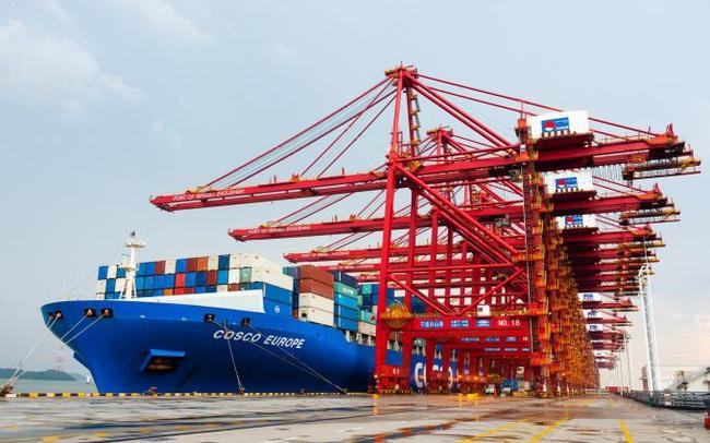 """Cuộc khủng hoảng container rỗng chưa được giải quyết, thế giới lại phải đối mặt """"cơn khát"""" tàu vận tải biển"""