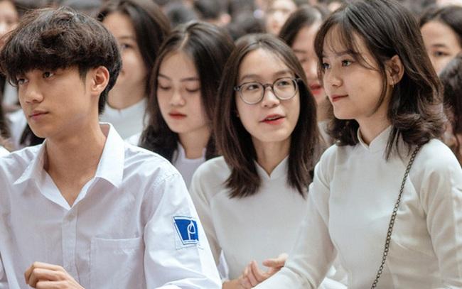 MỚI: 2 tỉnh, thành dời lịch đi học lại 2021 của học sinh sau 10/9