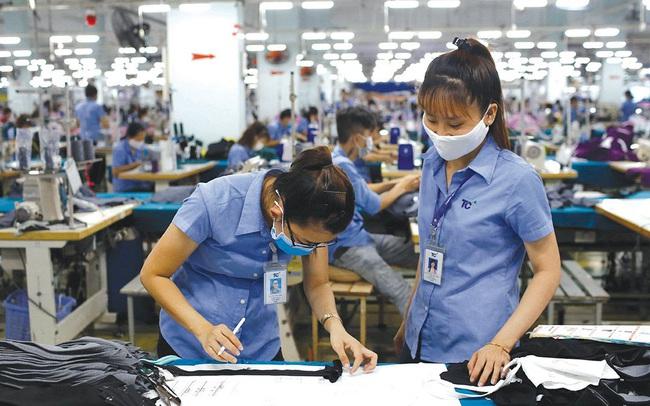 Việt Nam 'soán ngôi' Bangladesh: Nhiều doanh nghiệp dệt may báo lãi, Chủ tịch nước khẳng định không để đứt gãy chuỗi cung ứng ngành!