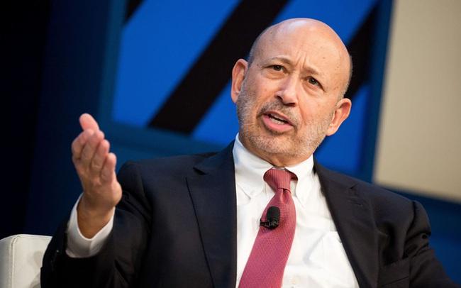 Bài phát biểu rúng động của cựu CEO Goldman Sachs: Làm việc cùng người làng nhàng, bạn sẽ mãi làng nhàng; chỉ khi học hỏi người có tham vọng, bạn mới tiến bộ và cất cánh