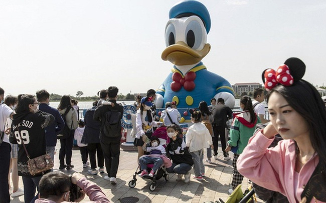 Thế giới ngưỡng mộ nhìn Trung Quốc: Hơn 2 tỷ liều vaccine đã được tiêm, sạch bong F0 cộng đồng, người dân đổ xô đi du lịch dịp Trung thu
