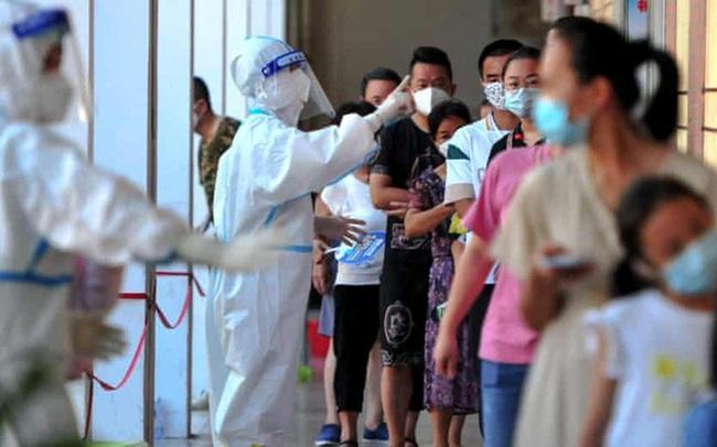 Mở cửa chưa đầy 1 tháng, Trung Quốc lại phải phong toả thành phố 4,5 triệu dân do bùng phát dịch