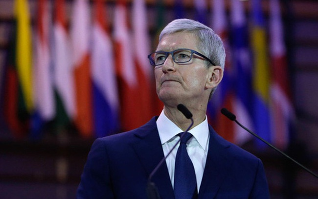 """""""Đặt cửa"""" cho kính thực tế ảo iGlasses và xe điện iCar khi smartphone bão hoà, Apple có vượt qua được các đối thủ cạnh tranh sừng sỏ?"""