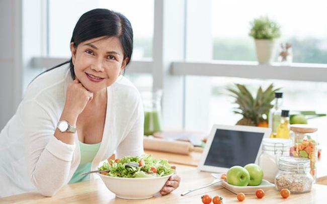 Sau 50 tuổi, 3 dưỡng chất này còn quan trọng hơn việc tập thể dục mỗi ngày, cung cấp đầy đủ để cơ thể khoẻ mạnh, sống lâu