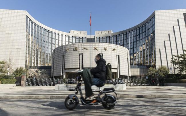 Thị trường bất động sản hoảng loạn vì Evergrande, PBOC gấp rút bơm gần 14 tỷ USD vào hệ thống tài chính