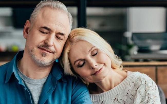 """Ở tuổi trung niên, bất kể là nam hay nữ, 4 bộ phận này càng """"sạch"""" thì càng sống thọ: Nếu bạn chú tâm thì nên chăm sóc ngay từ bây giờ"""