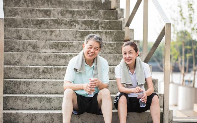"""6 """"tật xấu"""" có thể giúp kéo dài tuổi thọ của bạn thêm 20 năm: Đôi khi trì hoãn một chút, lười biếng một chút và phung phí một chút tại tạo nên những hiệu quả không ngờ"""