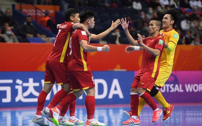 Suýt khiến đối thủ ôm hận tại World Cup, tuyển Việt Nam chiếm trọn trái tim CĐV khu vực
