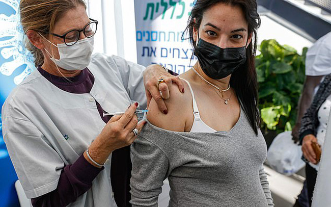 """""""Vắc xin Covid-19 sẽ phải tiêm mỗi năm một lần"""""""