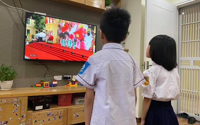 Hà Nội thông báo các trường tiếp tục dạy học trực tuyến