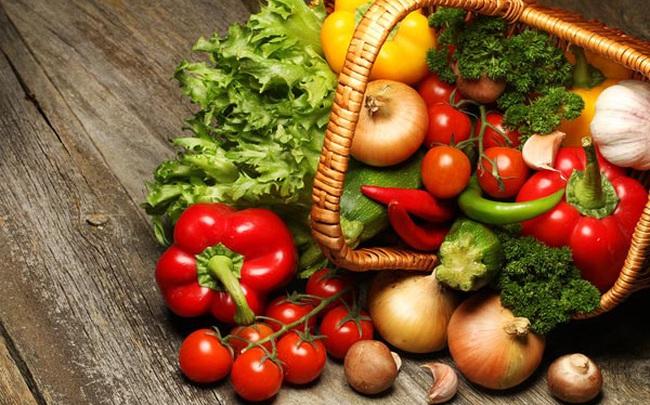 """9 loại thực phẩm tự nhiên chống viêm """"đỉnh hơn thuốc"""", ăn mỗi ngày giúp tăng cường đề kháng, chống lại bệnh tật và sống thọ hơn"""