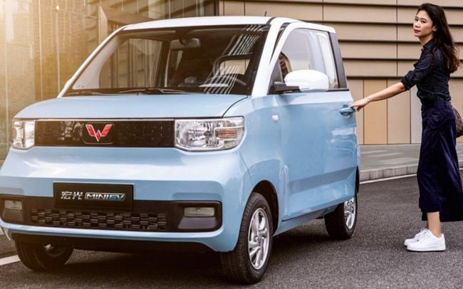 Ô tô điện giá rẻ ngang Honda SH, 20 giây có 1 xe bán ra, về Việt Nam có cửa?