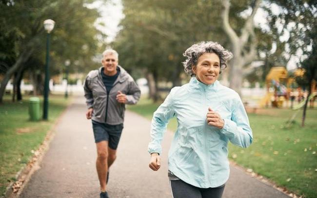 4 chỉ số vận động báo hiệu lão hóa đang tới gần bạn, nhận biết càng sớm cơ hội kéo dài tuổi thọ càng cao