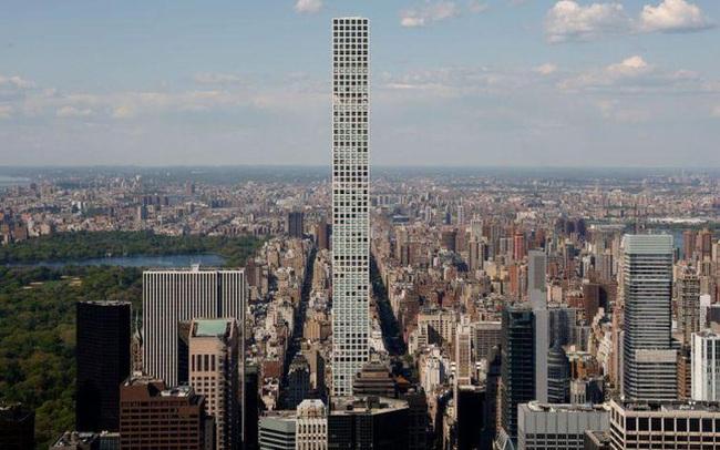 Cư dân tòa tháp cao và đắt nhất thế giới khốn đốn vì ngập nước, thang máy hỏng