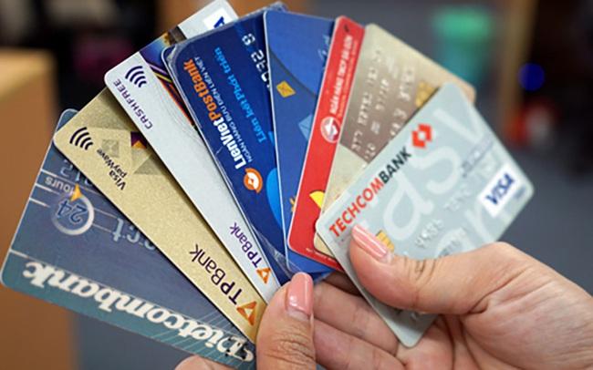 NHNN sắp cho phép giữ nguyên nhóm nợ cho chủ thẻ tín dụng bị giảm thu nhập do dịch bệnh?