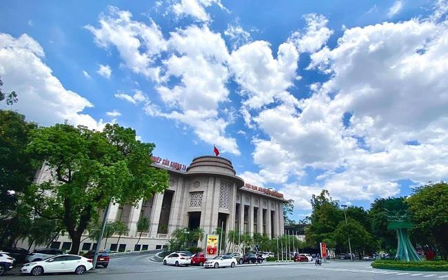Ngân hàng Nhà nước bắt đầu lo xa rủi ro lạm phát