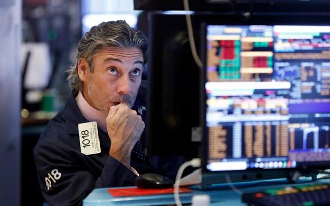 Phiên 30/9: Khối ngoại duy trì bán ròng 165 tỷ đồng, tâm điểm bán HPG, VCB