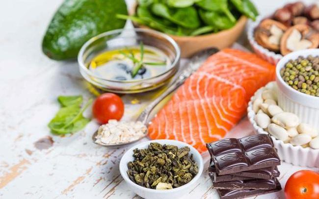 """6 loại thực phẩm ngon-bổ-rẻ, được mệnh danh là """"vệ sĩ của tim"""": Bổ sung mỗi ngày giúp trái tim khỏe mạnh, tuổi thọ sẽ ưu ái bạn hơn"""