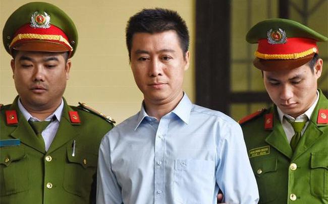 Năm cán bộ TAND tỉnh Quảng Ninh bị cảnh cáo vì giảm án cho Phan Sào Nam