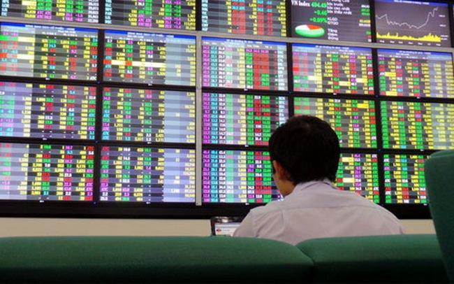 Phát triển thị trường chứng khoán: Cần thêm những đột phá