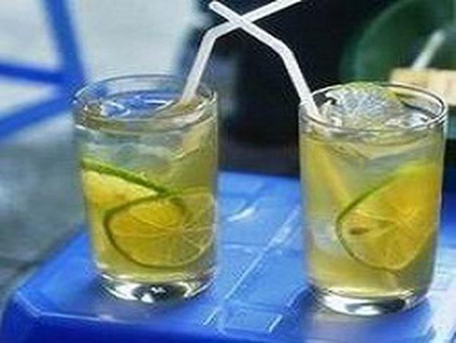 Không phát hiện hóa chất độc hại trong trà chanh hè phố