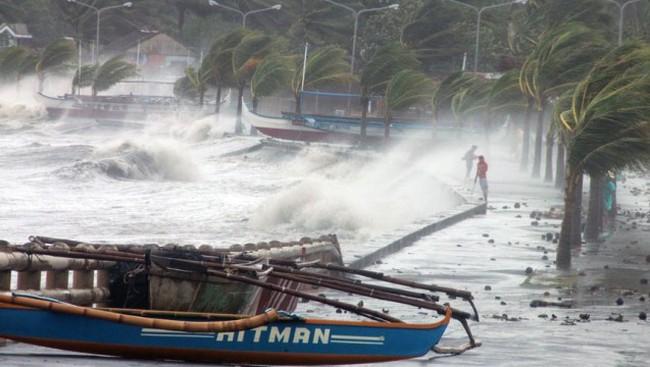 Cận cảnh siêu bão Haiyan tàn phá Philippines