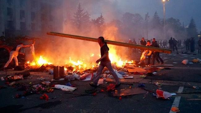 Bạo lực lan rộng ở Ukraine, hơn 30 người chết tại Odessa