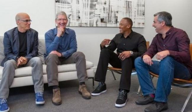 Apple tiến hành thương vụ đắt đỏ nhất trong lịch sử 38 năm