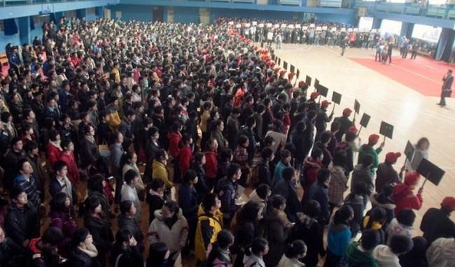 8.000 USD một ghế vào đại học Trung Quốc