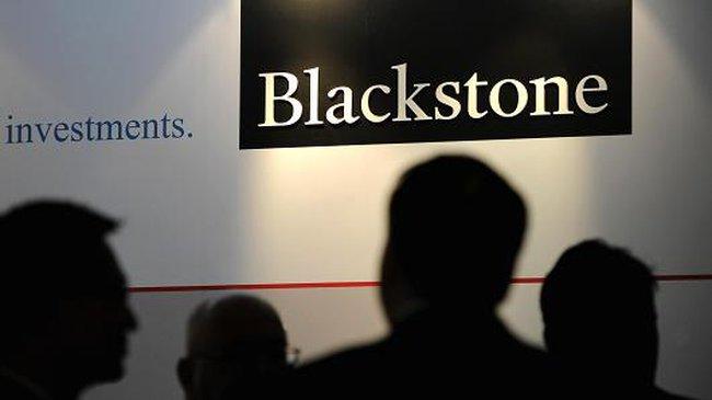 Nhiều tập đoàn đầu tư vốn cổ phần rút khỏi Nga