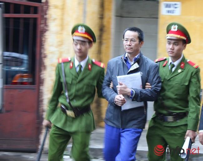"""Xét xử """"bầu"""" Kiên: Lý Xuân Hải khẳng định không biết vụ đầu tư 700 tỉ"""