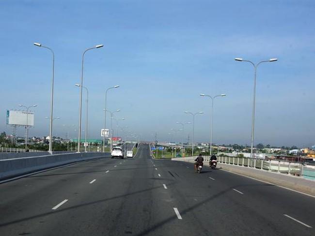 Đầu tư cao tốc Trung Lương-Mỹ Thuận theo hình thức BOT