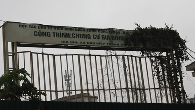 Chung cư Binh đoàn 12: Hơn 2 năm khởi công xong cổng