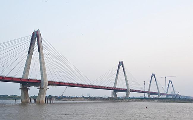 Ngày mai sẽ hợp long cầu Nhật Tân