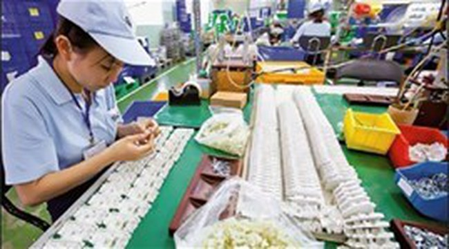Bình Dương đặt mục tiêu thu hút 1 tỷ USD vốn FDI năm 2014